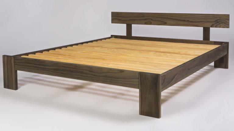 Classic Java Coloured Pine Slat-bed Base